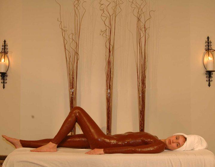 Essayer l'enveloppement corporel chez Spa Santé Corps & Âme